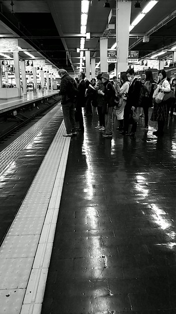 今夜の御堂筋線阪急日生エクスプレス、定期券売場経由~そのに。9