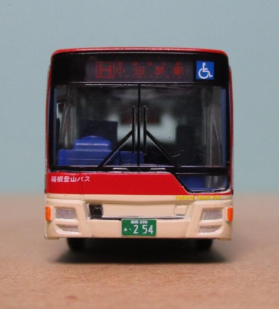 N283 箱根登山バスB254号車07 前面