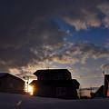 写真: 爆弾低気圧後の夕暮れ