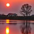 写真: メルヘンの大地に陽が落ちる