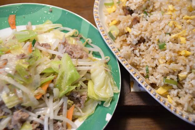 レンチンピラフと牛肉野菜炒め