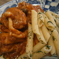 Photos: 鶏ミートボールと茸のトマトソース煮と大葉ペンネ