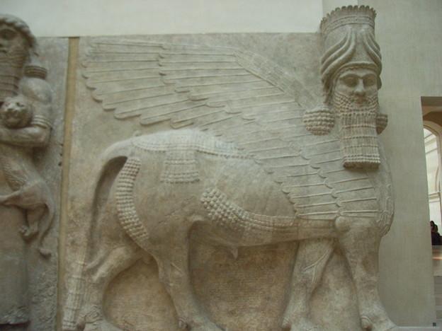 飛牛サルゴン2世の宮殿