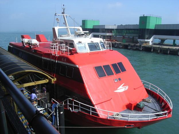 行きの水中翼船(PS-30・揺れ少ない)