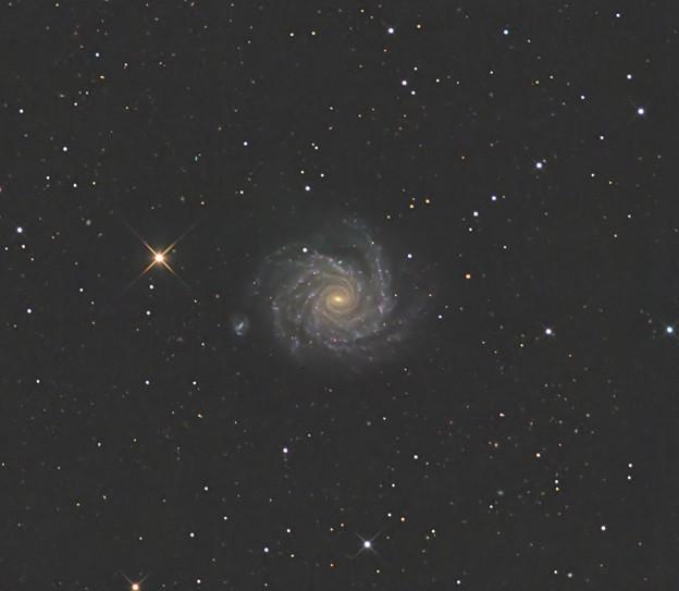 渦巻銀河NGC1232