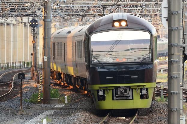 Photos: 臨時快速リゾート那須野満喫号小山入線