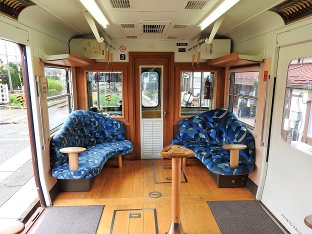 富士登山電車車内(1)