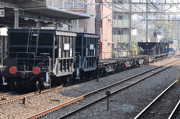 EF65 2066+コキ&ホキ編成配6794レ