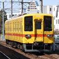 写真: 東武亀戸線8575F(昭和30年代試験塗装)