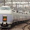 写真: E351系スーパーあずさ15号立川入線