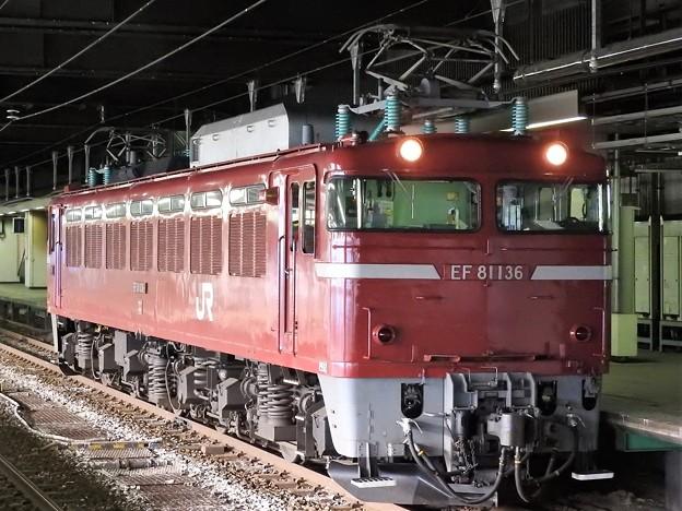EF81 136号単機長岡停車