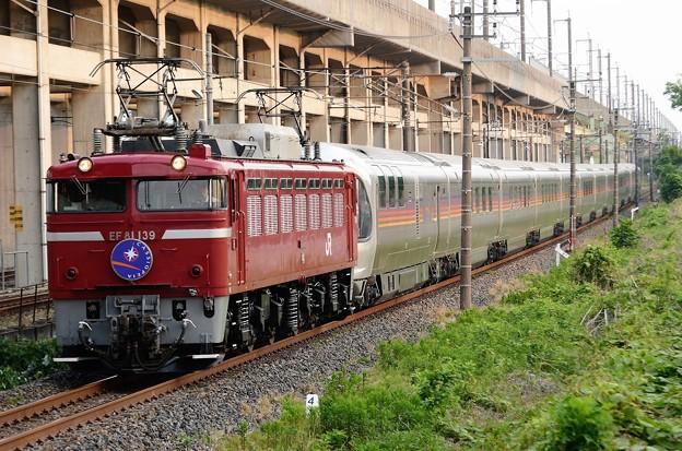 EF81 139号機牽引E26系カシオペア紀行号