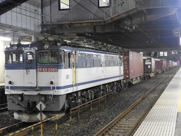 EF65 2085号機牽引4073レ小山11番待避