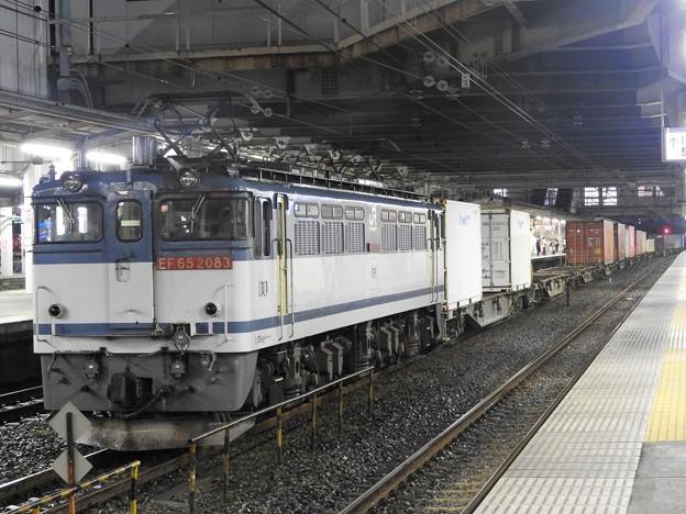 EF65 2083号機牽引4073レ小山11番待避