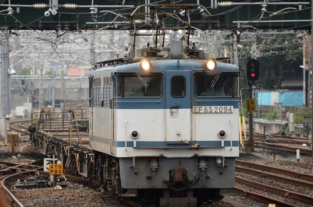 EF65 白プレート2094号機+空コキ配8592レ