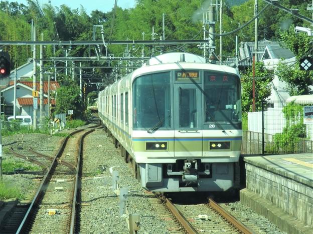 JJR神戸線・R奈良線221系みやこ路快速奈良行き交換