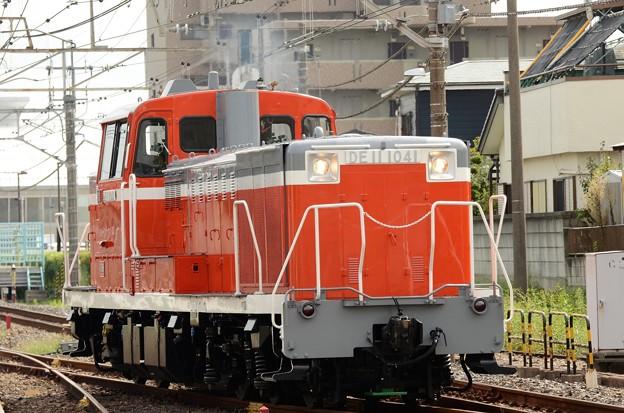 全検明けのDE11 1041号機雀宮2番発車