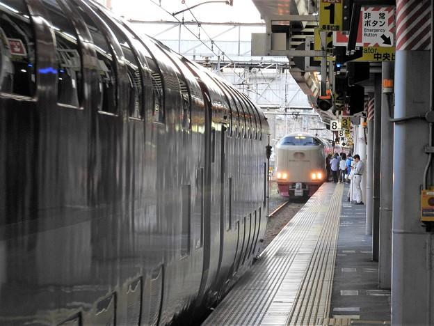サンライズ瀬戸号分割完了岡山8番発車