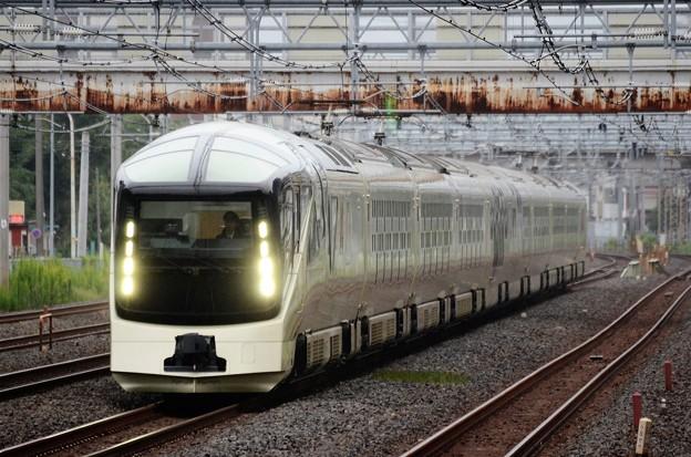 TRAIN SUITE 四季島 西川口通過