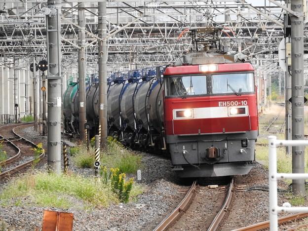 Photos: 金太郎10号機代走石油返空5582レ小山入線