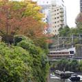 秋色の神田川水道橋界隈