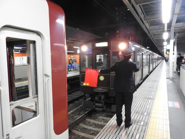 快速急行奈良行き阪神尼崎3番増結前接近