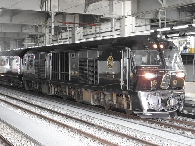ななつ星 in 九州牽引DF200-7000