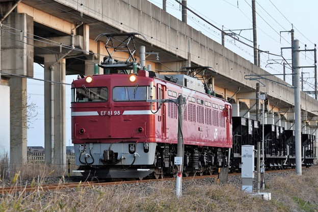 Photos: EF81 98 + ホキ4B