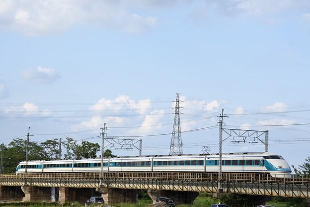 Photos: 思川橋梁を行く東武100系スペーシア