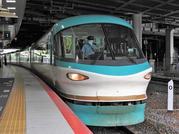 253系特急くろしお16号新大阪到着