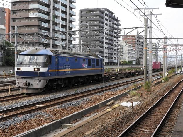 EF210-315号機牽引3051レ