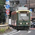 Photos: 併用軌道を行く都電7700形