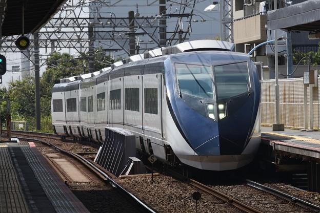 京成AE形特急スカイライナー成田空港行き