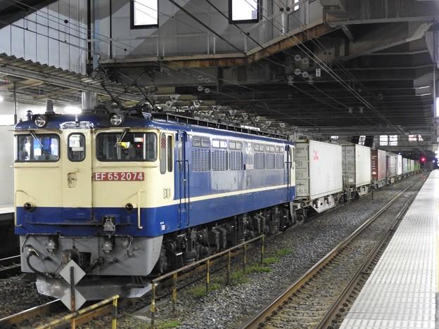 EF65 2094号機牽引4073レ小山11番待避