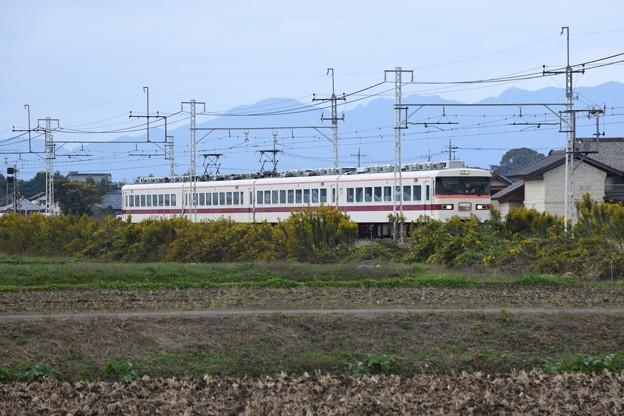 東武350系特急きりふり号
