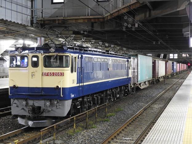 EF65 2087号機牽引4073レ小山11番待避
