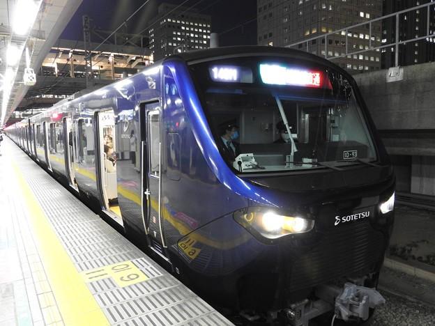 相鉄12000系埼京線大崎にて