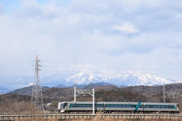 Photos: 冬の思川橋梁を行くリバティ