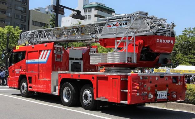 広島市消防局 30m級梯子車(後部)