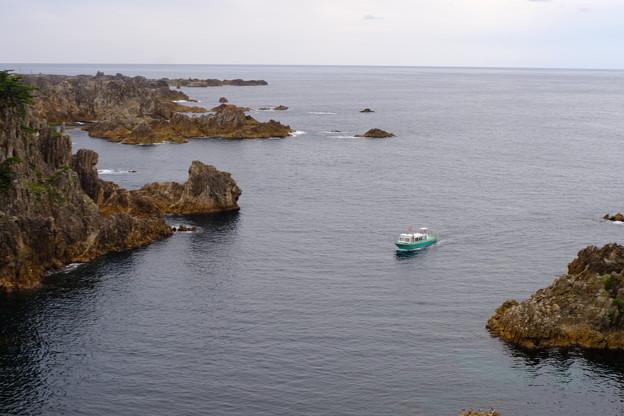 尖閣湾グラスボート