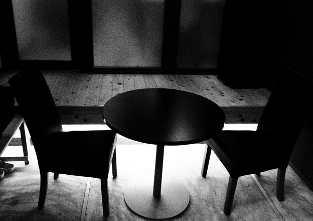 Photos: 椅子と机