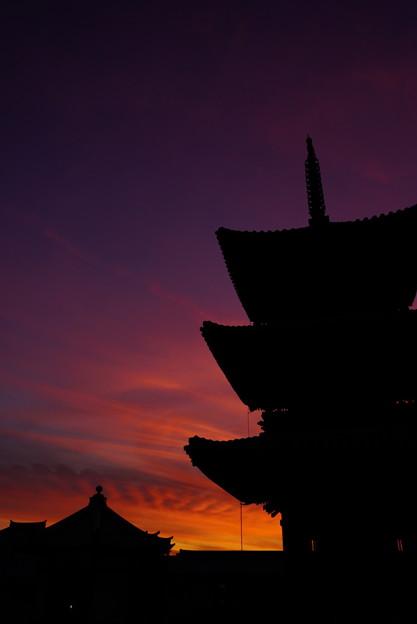 Photos: 夕焼け空の切り絵 9