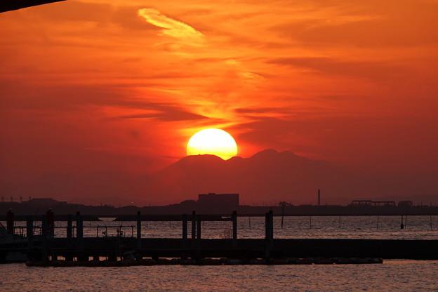 200224_77R_漁港からの夕暮れ・RX10M3(木更津) (64)