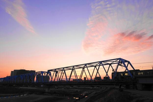 200303_32T_夕景の鉄橋・RX10M3(多摩川) (7)