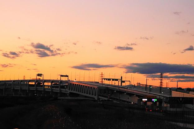 200201_58Y_夕景のインター・RX10M3(新横浜) (9)