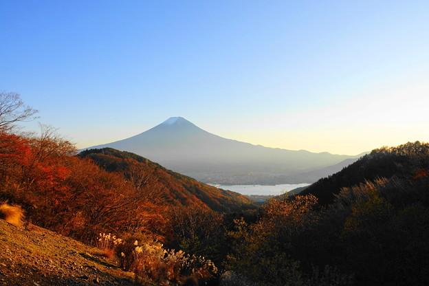 201114_76F_富士山と河口湖・RX10M3(御坂峠) (1)