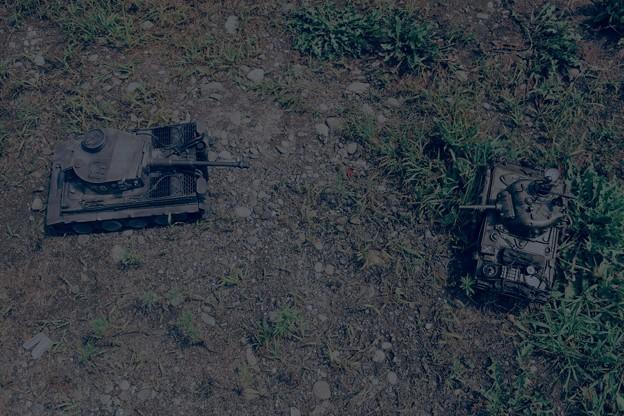 Tank Battle (ケツを狙え!まだ撃つなよ!!)