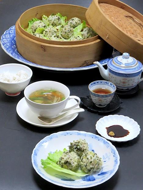今晩は、明日葉キャベツ焼売、中華風沢煮椀、もち麦ご飯