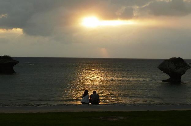 Photos: 渡具知の浜辺で