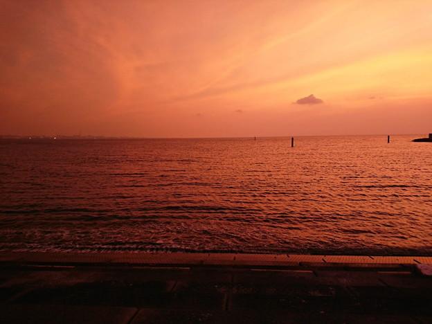 Photos: 北谷の堤防から見た夕焼け